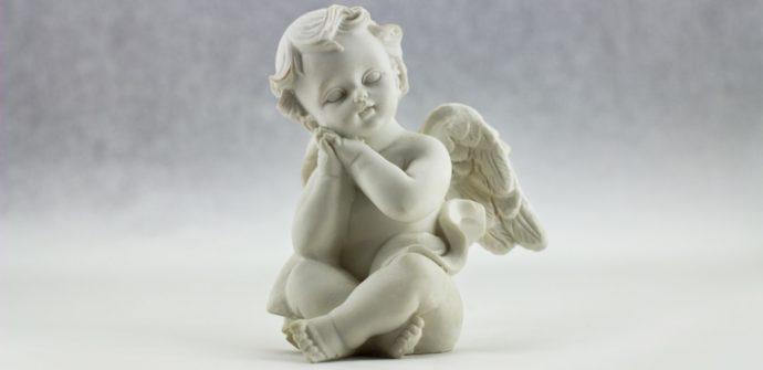 Jaký je původ slova anděl? Proč se říká anděl?