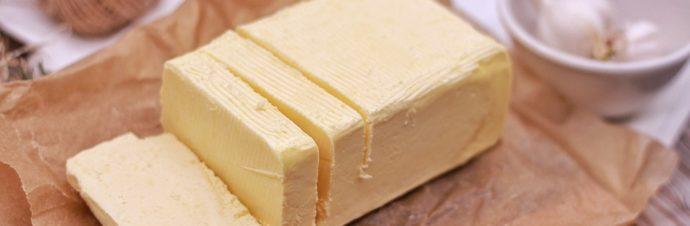 Proč se říká mít máslo na hlavě?